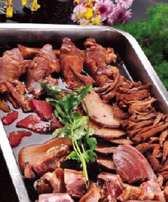 传统酱羊杂